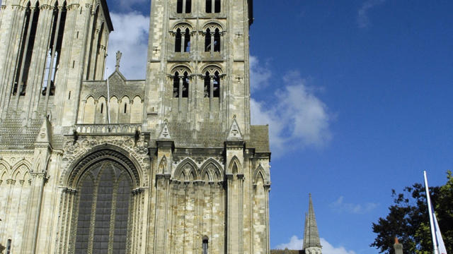 Cathedralestpierre Lisieux2@lintercom