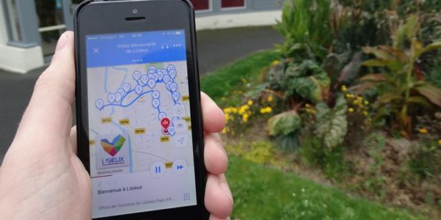Visite De Lisieux Avec Smartphone